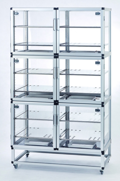DESICCATOR CABINET WALL